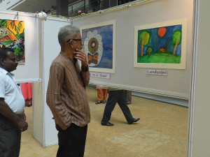 Dr Parasuram Admires Orkos Work