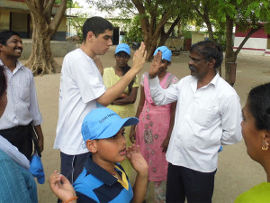 Our Student Thanks The Headmaster Of The School